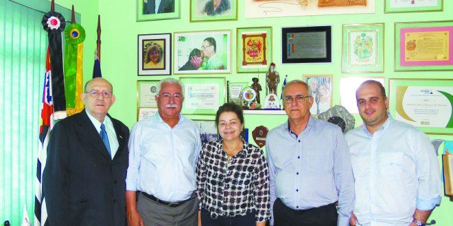 Prefeito Paulo Pinheiro em visita a Tribuna discorre sobre a sua campanha a reeleição