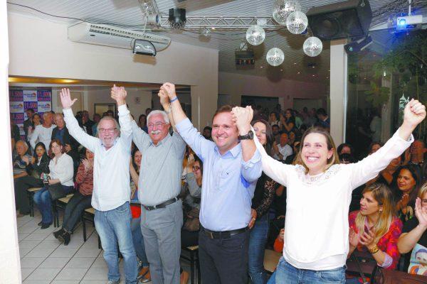 Moacir Guirão, Paulo Pinheiro, Moacir Guirão Jr. e Carolina Guirão
