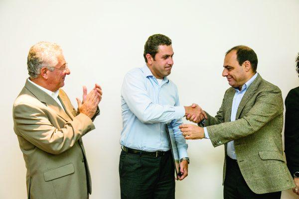 Marcos Munhoz e Andreieli Pinto com José Auricchio Júnior